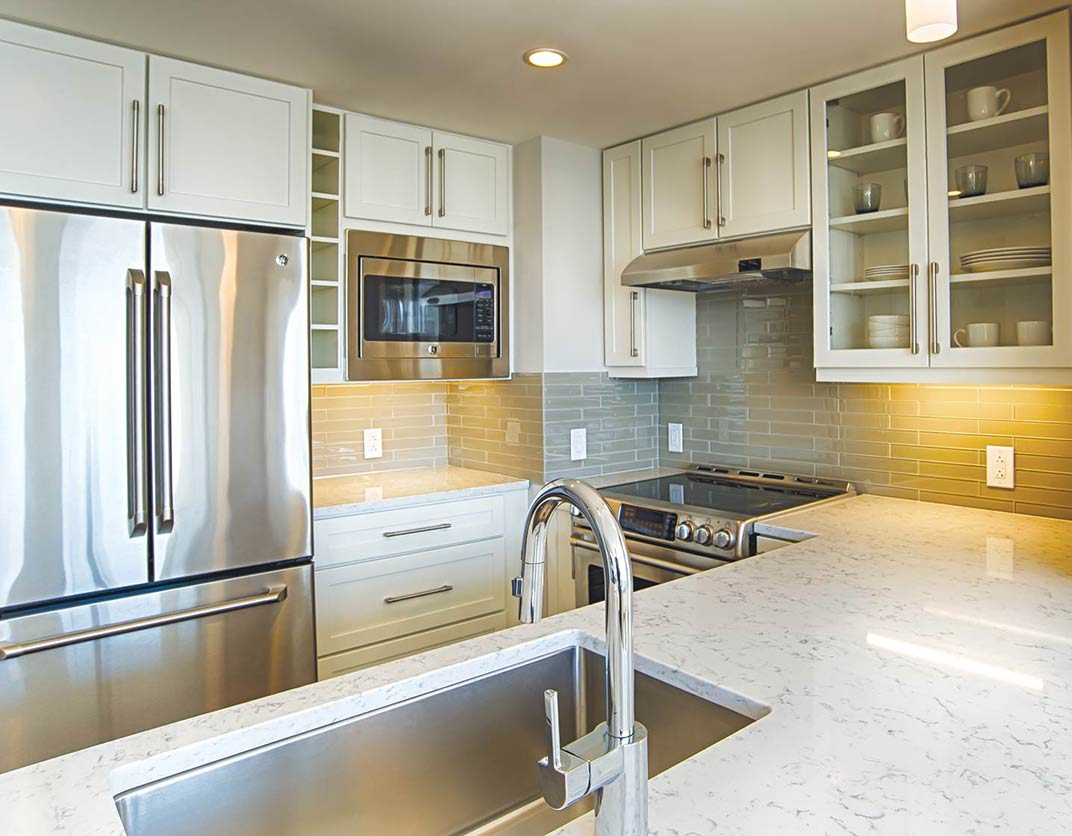 Park Towne Place Premier Apartment Homes - Philadelphia, PA - Interior Kitchen
