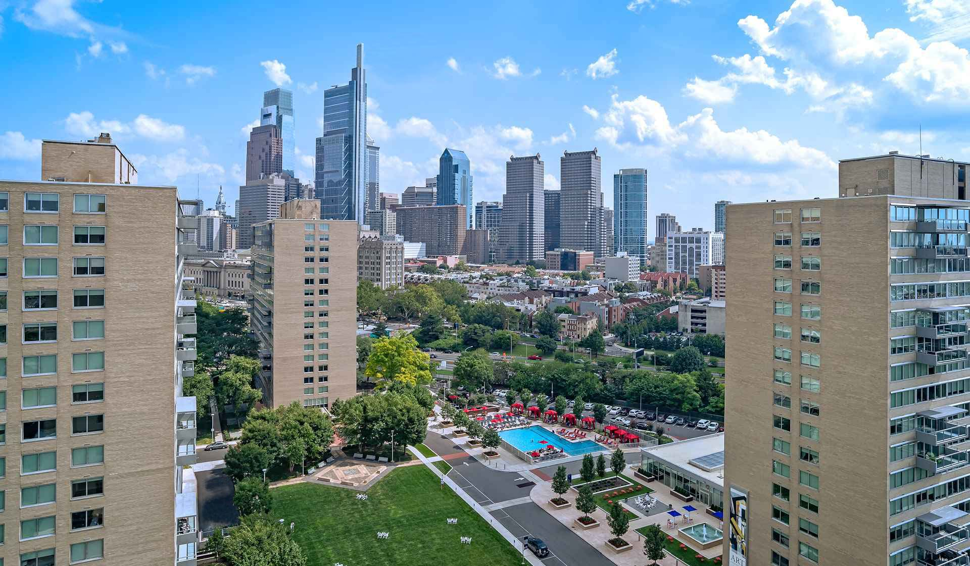 Park Towne Place Premier Apartment Homes - Philadelphia, PA - City View